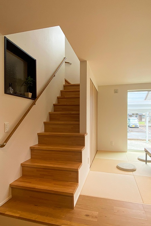 200704_nagaoka-t_10_stairs