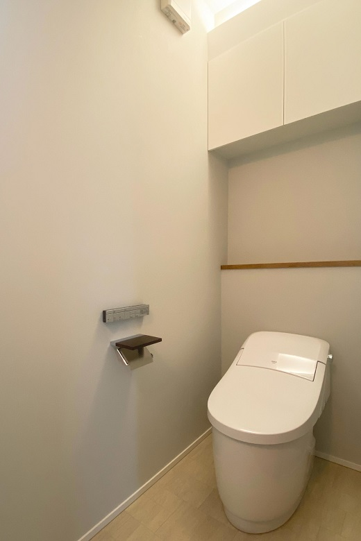 200704_nagaoka-t_13_toilet